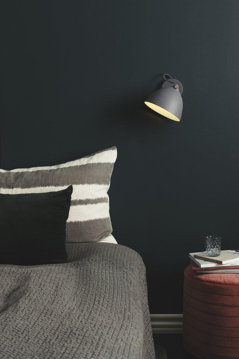 Århus væglampe, Ø 18 cm, Hvid/træ